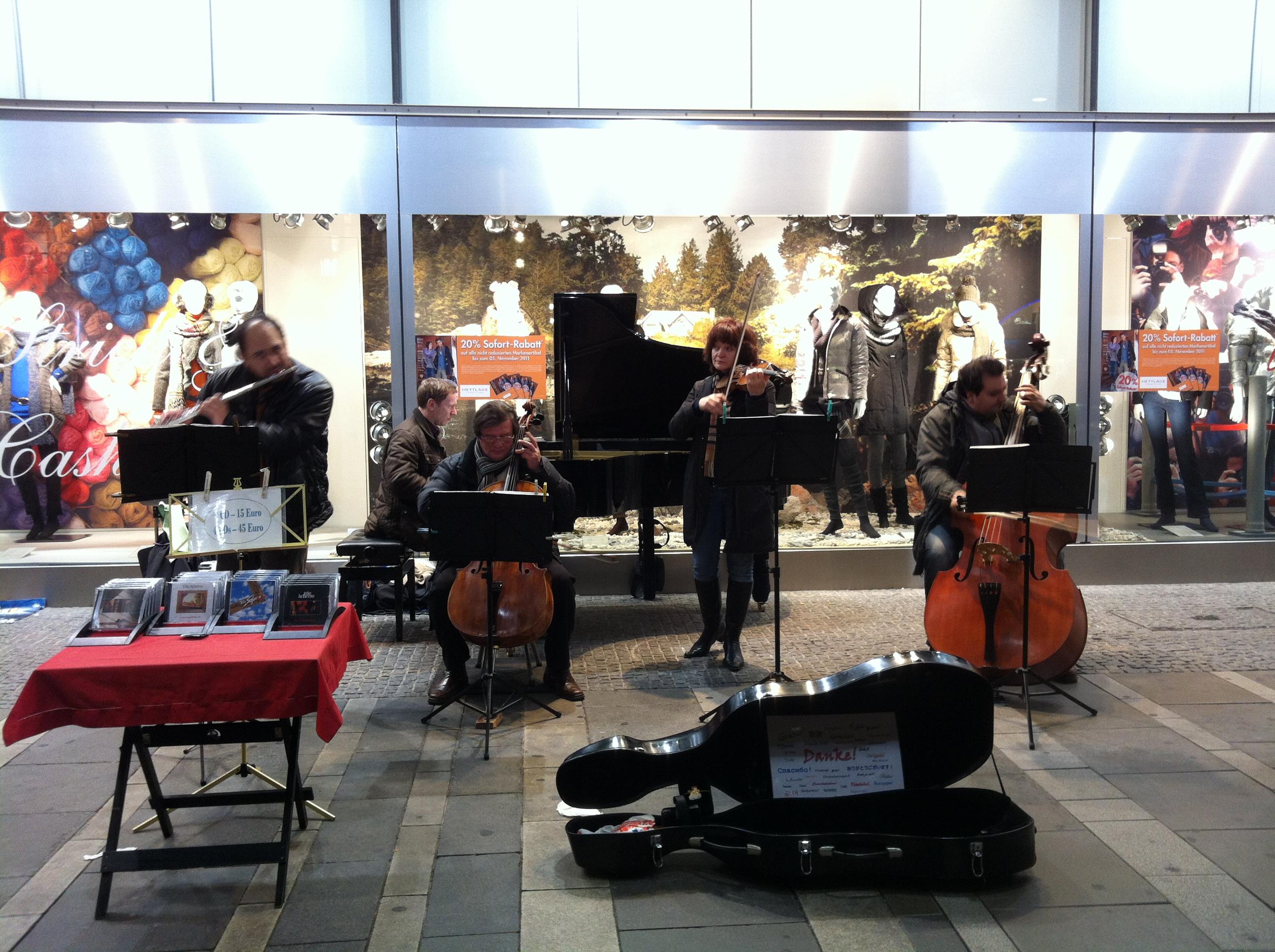Konzert in der Fußgängerzone München