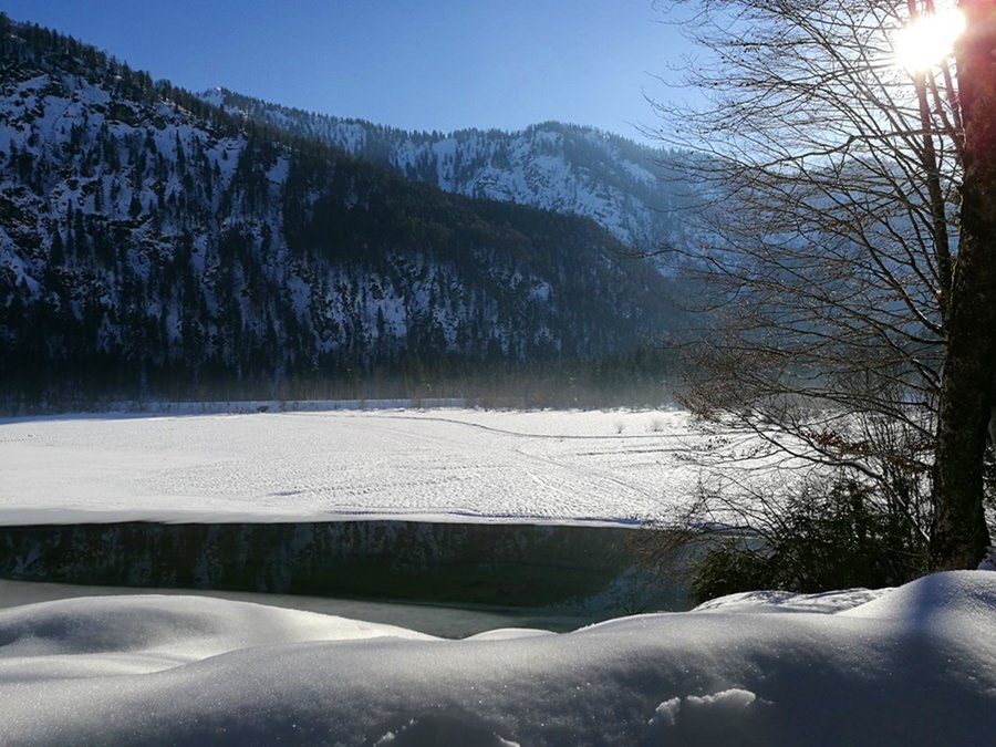 Der Chiemgau geht essen (3): Die Alm Hütte am Mittersee